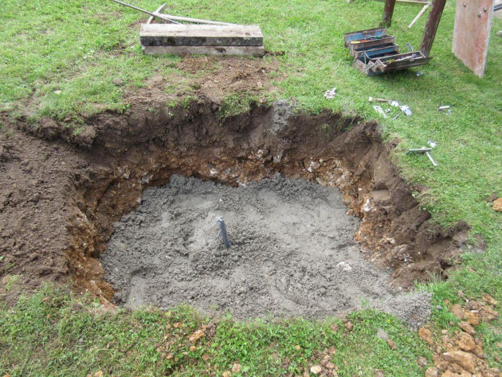 der Tiefenerder und die erste Schicht Beton sind drin